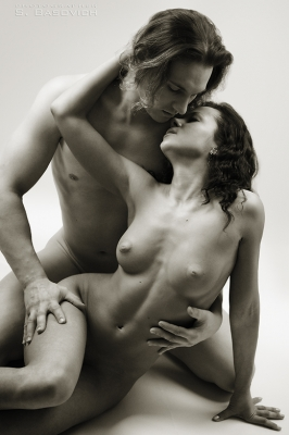Artistic and Erotic photos_2
